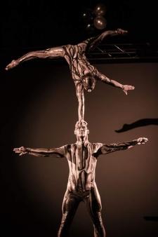 atrakcje na imprezy akrobaci pokazy cyrkowe akrobatyka duet(31)