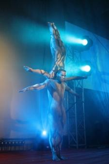 atrakcje na imprezy akrobaci pokazy cyrkowe akrobatyka duet(57)