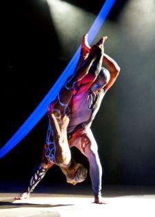 atrakcje na imprezy akrobaci pokazy cyrkowe akrobatyka duet(62)
