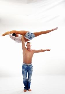 atrakcje na imprezy akrobaci pokazy cyrkowe akrobatyka duet(73)